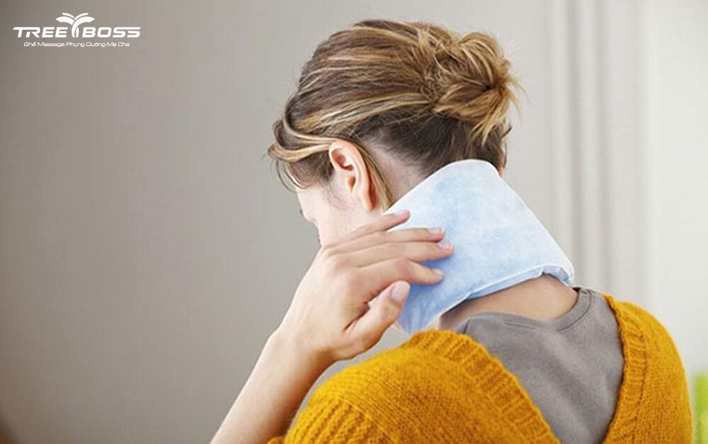 bị đau nhức cổ khi ngủ dậy