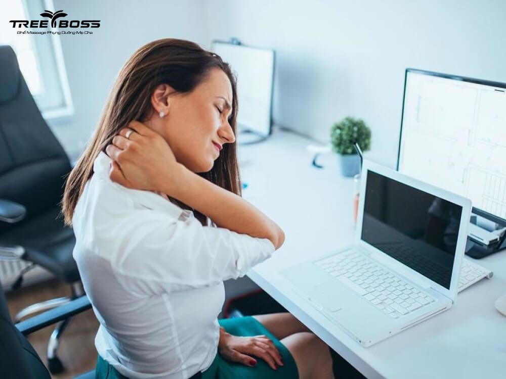 chữa đau vai gáy tại nhà
