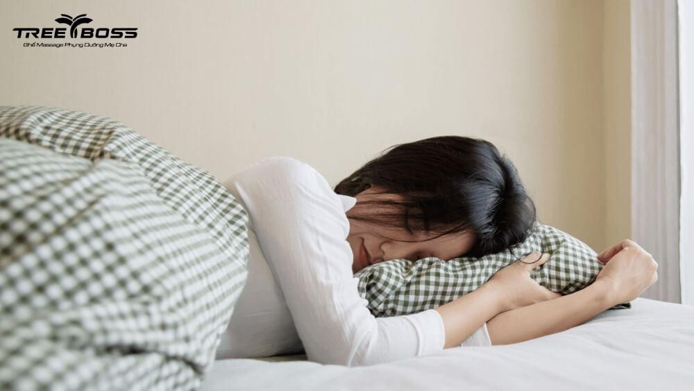 chữa đau cổ vai gáy tại nhà