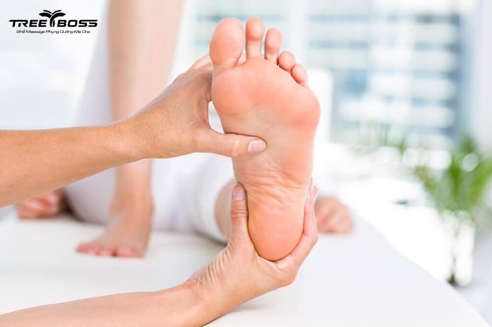 kỹ thuật massage bàn chân