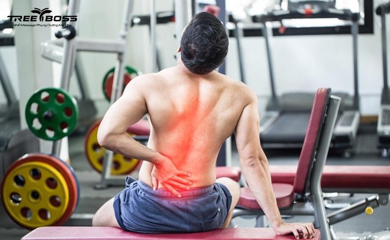 Bị giãn dây chằng lưng nên làm gì? Nguyên nhân & triệu chứng