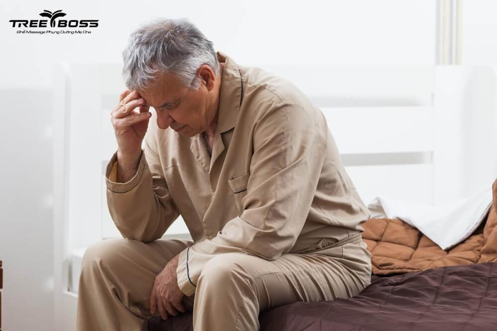 đau nhức xương khớp ở người già