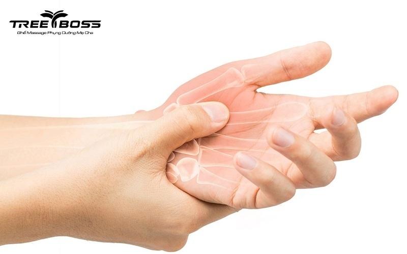 Đau nhức xương khớp ở người trẻ: Triệu chứng & cách chữa trị
