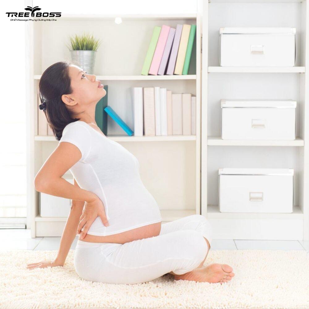 đau vùng thắt lưng bên phải khi mang thai