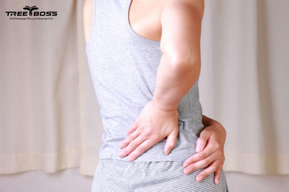 đau vùng thắt lưng bên phải