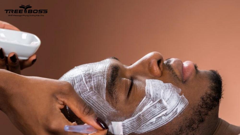 massage mặt cho nam giới