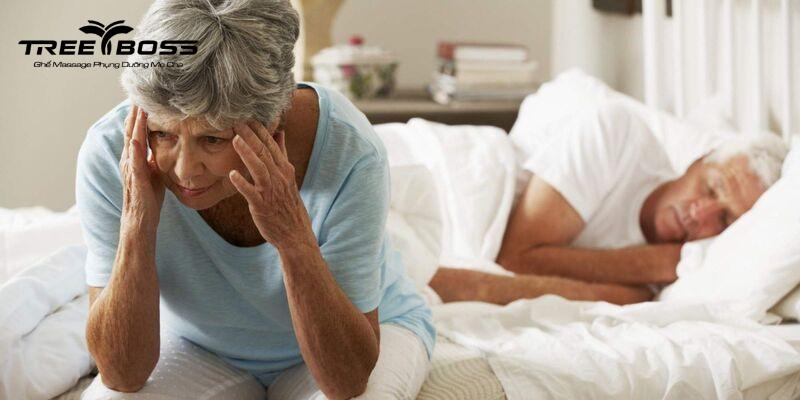 Người già mất ngủ nên uống thuốc gì? Nguyên nhân & cách trị