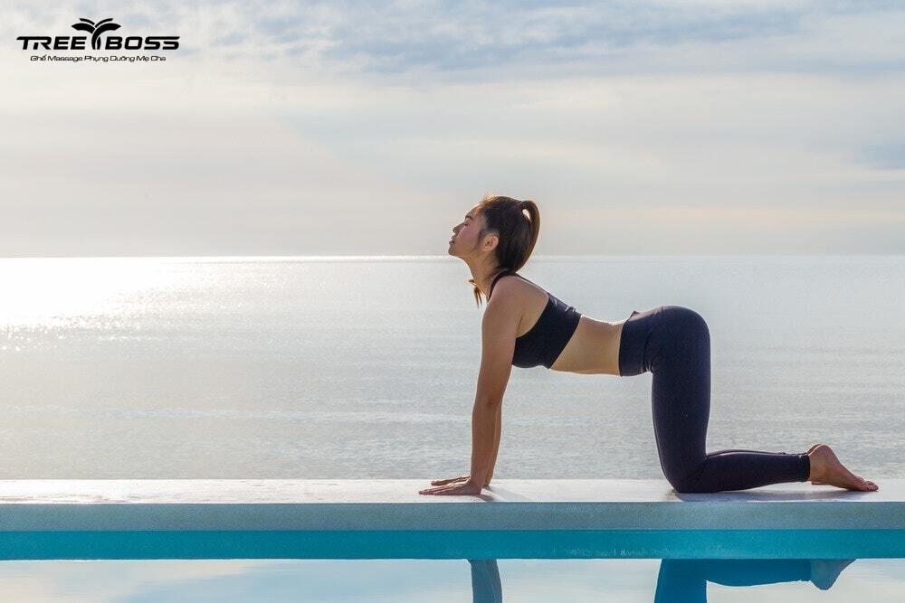 bài tập yoga chữa đau khớp vai